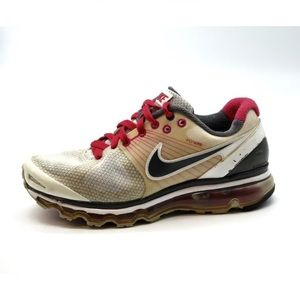 Womens Nike Air Max Running Sneakers Size 9